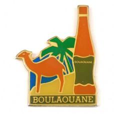 ピンバッジ・砂漠のラクダ駱駝とワイン瓶