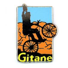 ピンバッジ・自転車に乗る