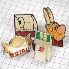 ピンズ・トータル石油トイレットペーパー給油機キャンディー漫画アステリックスなど4個組