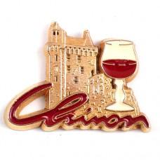 ピンズ・赤ワイン酒シノン城ロワール川