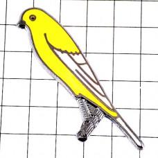 ピンズ・黄色い小鳥