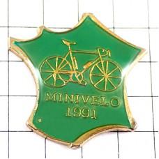 ピンバッジ・自転車フランス地図型