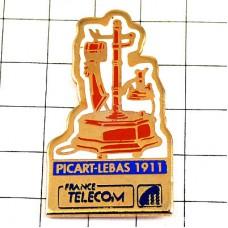 ピンバッジ・アンティーク電話機1913年フランステレコム電話局