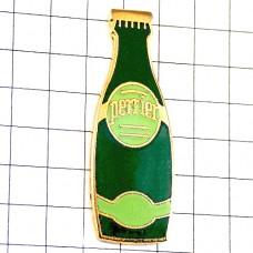 ピンズ・ペリエ水ミネラルウォーターボトル型