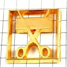 ピンズ・金色のハサミ美容師の道具ゴールド美容院
