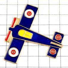 ピンバッジ・プロペラ飛行機あかい円形章