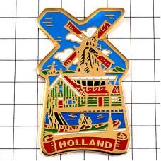 ピンズ・風車小屋と船オランダ風景