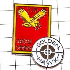 ピンバッジ・金色の鷲シューティング射撃の的