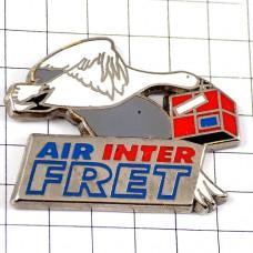 ピンズ・エールアンテール航空荷物を運ぶ鳥