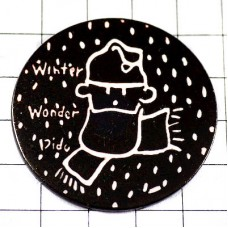 ピンバッジ・素敵な冬マフラーするフィドディド漫画