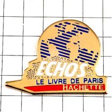 ピンバッジ・アシェット出版社パリの本エコー地球