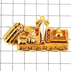 ピンバッジ・潜水艦や船ミサイル武器ゴールド金色