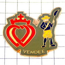 ピンバッジ・貴族の十字とハートと農夫ヴァンデ県