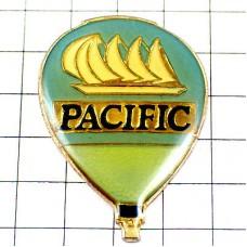 ピンズ・水色の気球ヨット帆船パシフィック飲み物
