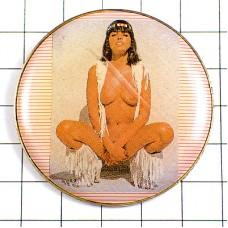 ピンズ・ヒッピー風ヌードの女の子セクシー写真