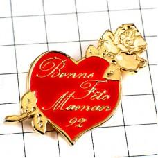 ピンズ・母の日ママ大好き白いバラの花ハート型ローズ薔薇