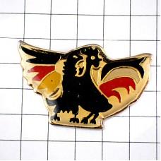 ピンズ・雄鶏ニワトリ国鳥フランスとドイツ鷲イーグル2羽