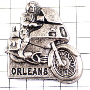 ピンズ・ジャンダルムリ国家憲兵隊ポリス警察オートバイ二輪バイク銀色