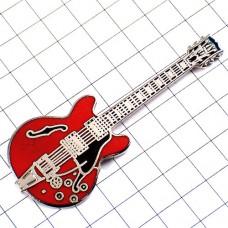 ピンズ・エレキギター赤い楽器ミュージック音楽