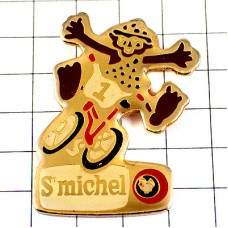 ピンズ・自転車に乗る南の島の男の子ゼッケン1番サンミッシェルお菓子会社