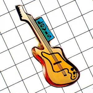ピンバッジ・リーバイスのギター音楽エレキ楽器ジーンズ洋服ブルータグ付
