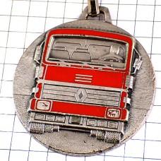 キーホルダー・ルノーの赤いトラック大型車シルバー銀色