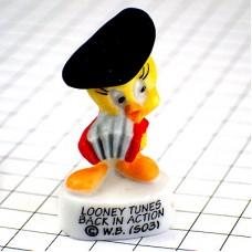 ピンバッジ・トゥイーティー漫画バックインアクション音楽アコーディオン奏者ベレー帽