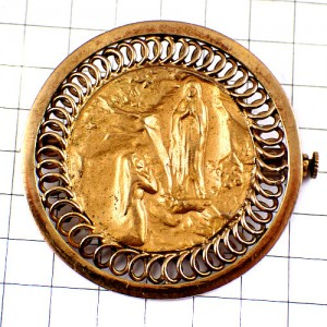 ブローチ・ルルドの聖母カトリック巡礼地ゴールド金色