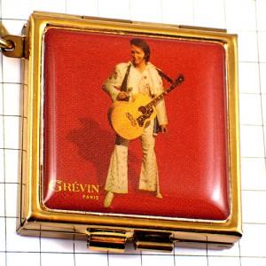 キーホルダー・グレヴァン蝋人形館 エルビスプレスリー金色のボックス入れ物