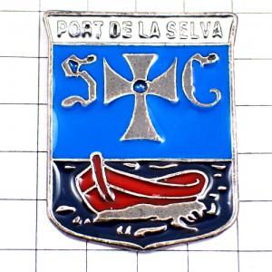 ピンバッジ・SCポルトデラセルバ十字の紋章スペイン赤色の小舟ボート船