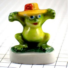 フェブ・花飾り黄色い帽子のカエル緑蛙
