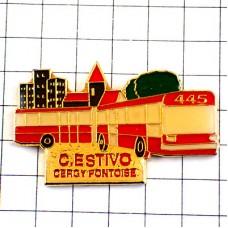ピンバッジ・赤い大型のバス車