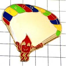 ピンバッジ・献血の一滴くんパラシュート飛行