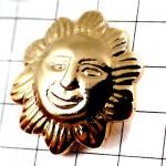 ピンバッジ・金色ゴールド輝く笑顔の太陽