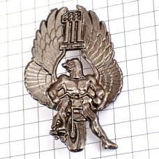 ピンズ・マッチョ鷲ライダー二輪バイク星条旗1アメリカ国旗柄イーグル鳥ビューター製