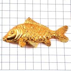 ピンズ・金色の魚フィッシング釣り