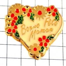 ピンバッジ・飾ったハート母の日ママ大好き