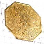 ピンズ・金色アルファベットWゴールド馬車