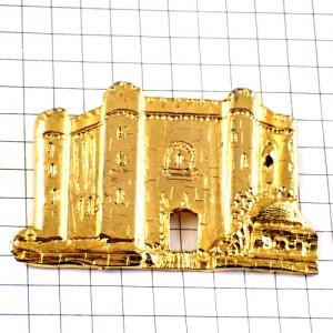 ピンバッジ・バスティーユ監獄フランス共和国ゴールド金色