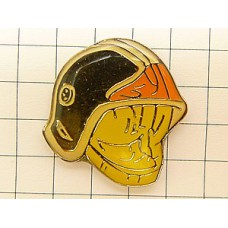 ピンバッジ・消防士のヘルメット