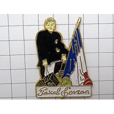 ピンズ・ボタンアコーディオン音楽家フランス国旗