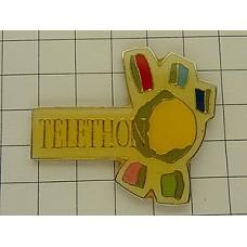 ピンズ・エイズをなくす慈善テレトン
