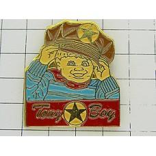 ピンズ・星の帽子の男の子