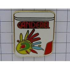 ピンバッジ・人口甘味料の容器