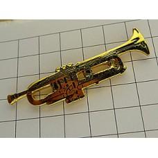 ピンズ・金色トランペット楽器