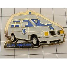 ピンズ・青いマーク白い救急車