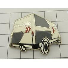 ピンズ・白い荷物用タクシー車