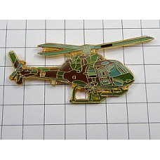 ピンバッジ・ヘリコプター迷彩色