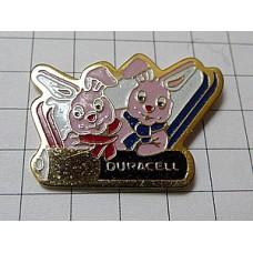 ピンズ・スキーウサギ兎カップル乾電池デュラセル