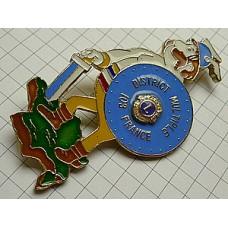 ブローチ・ケルト族の男フランス地図ライオンズクラブ